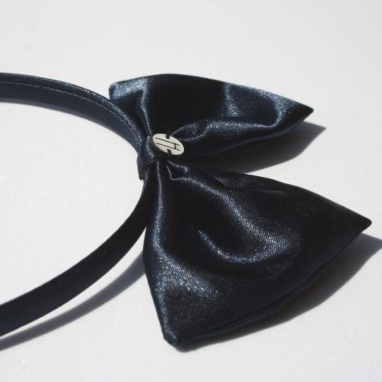 Diadema raso azul marino